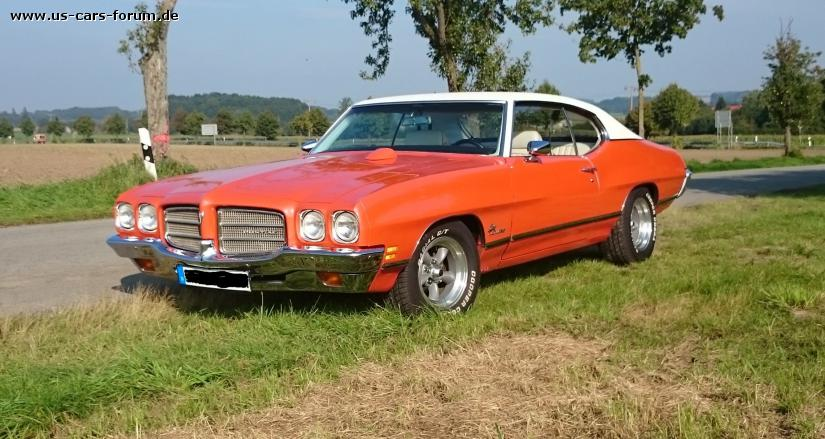 Pontiac Luxury LeMans
