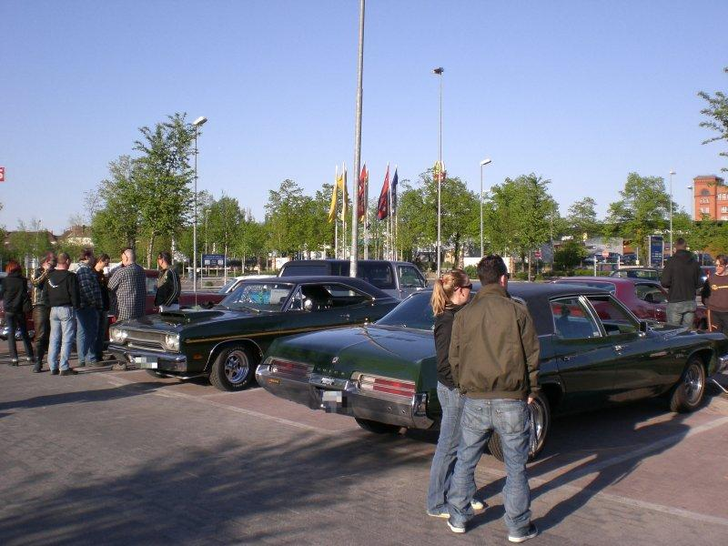 us car treffen ikea parkplatz berlin 2009 galerien us cars forum das ultimative forum ber. Black Bedroom Furniture Sets. Home Design Ideas